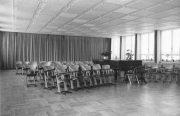 Mozartschule innen - Musiksaal